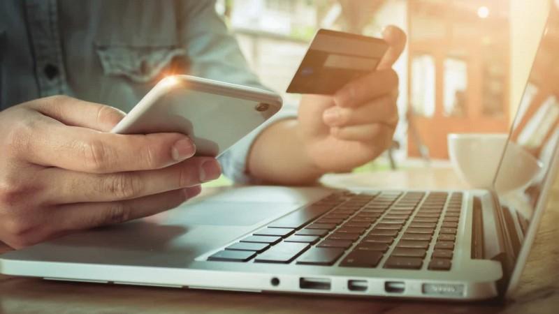 Consumidor busca banco digital por agilidade e crédito mais barato, diz pesquisa