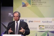 Guedes diz esperar alternativa de arrecadação para desonerar folha